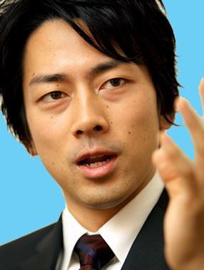 小泉純一郎の三男は?人気!顔と目は劣化した?ブログは?